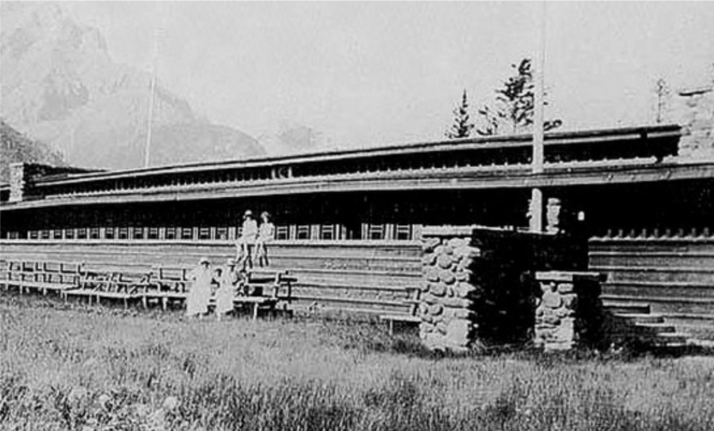 Banff-Park-Pavillion-Exterior-photo